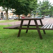 Gardenia con tavolo