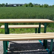 Tavolo con panche 4